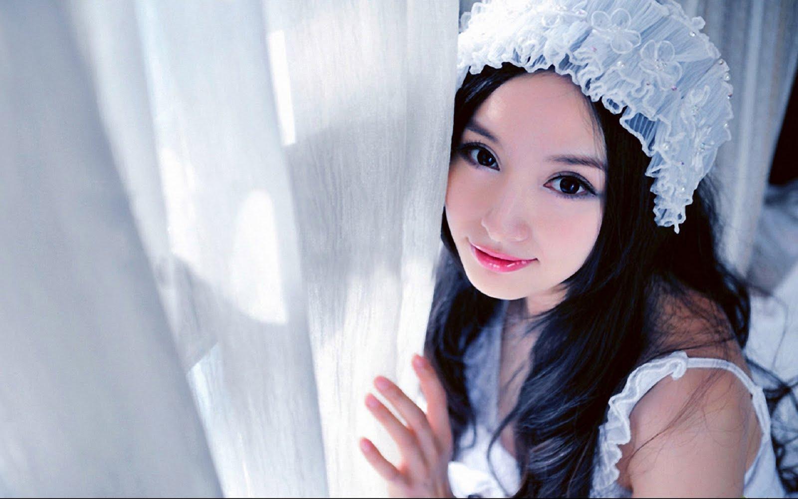 Cute And Beautiful Girls Wallpaper Pack 22 Wallpapers 1600x1000