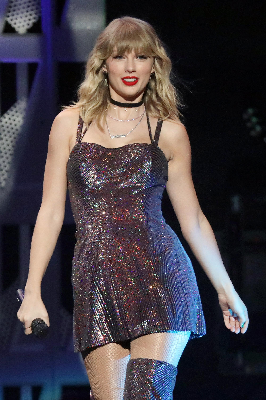 Taylor Swift to headline Glastonbury 2020 as she reveals she is 2000x3000
