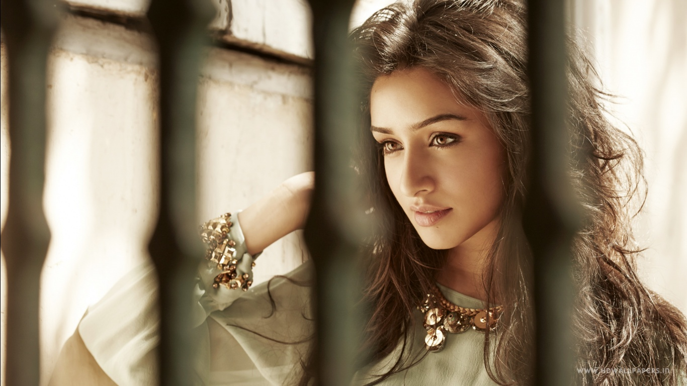 Shraddha Kapoor 2015 Wallpapers HD Wallpapers 1366x768