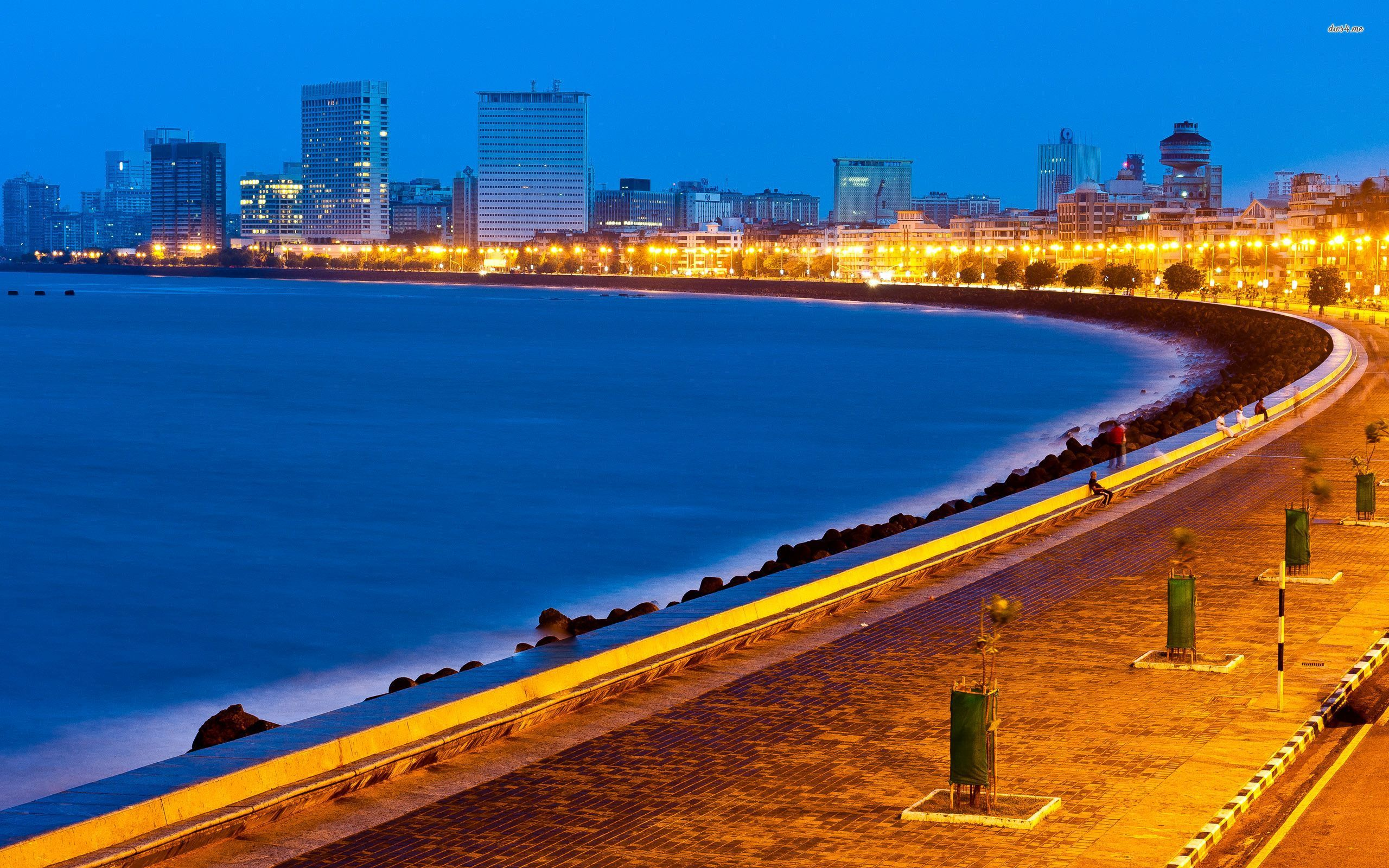 Marine Drive in Mumbai wallpaper   Beach wallpapers   48611 2560x1600