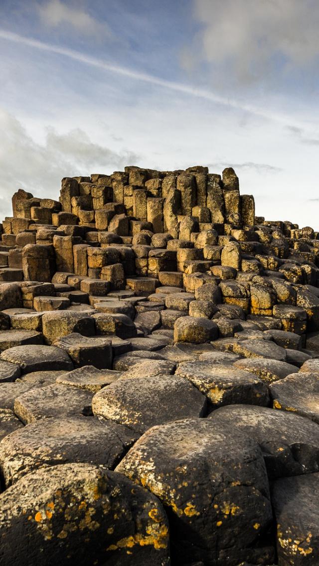 640x1136 Giants Causeway Ireland Iphone 5 wallpaper 640x1136