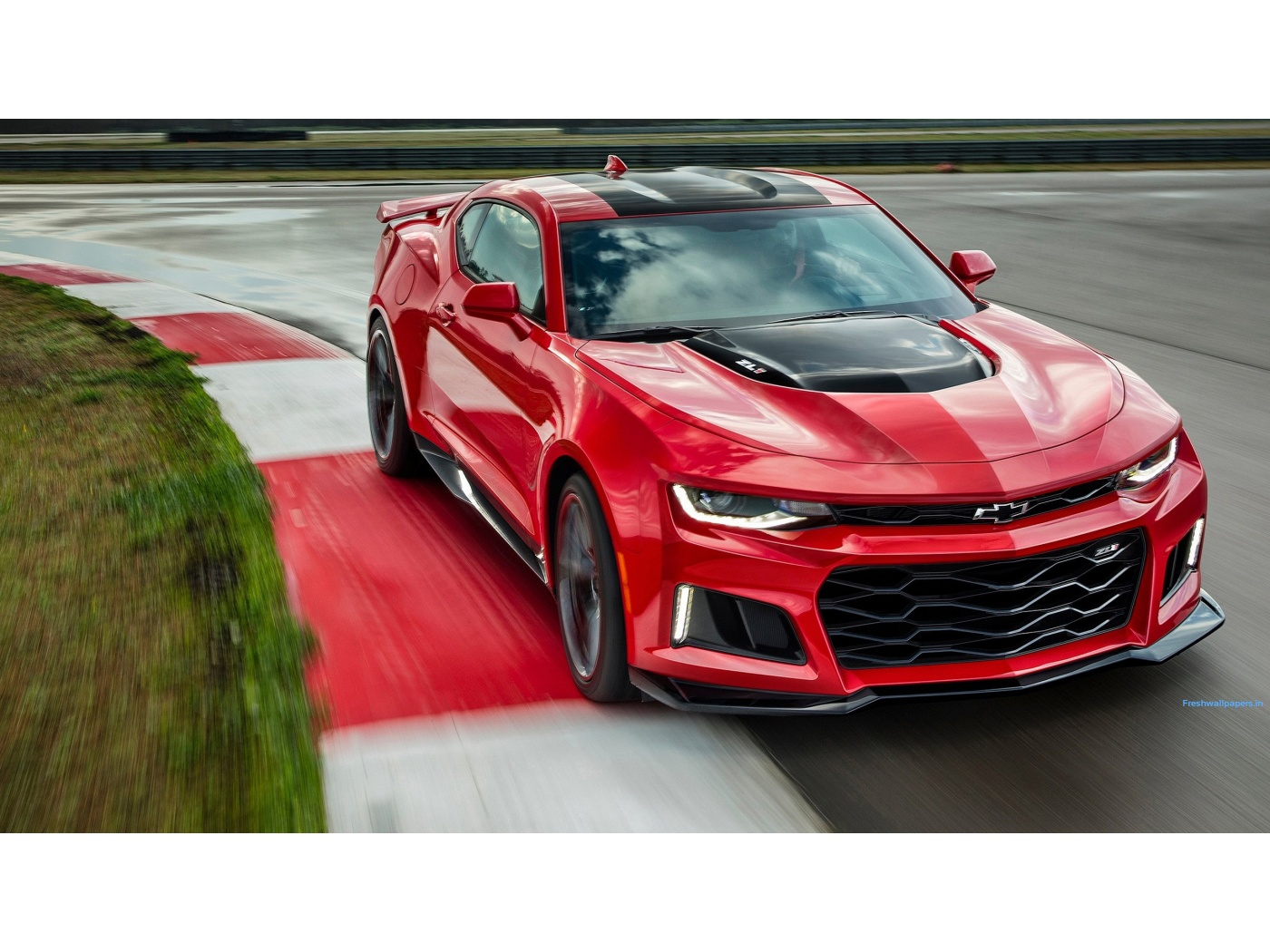 2017 Chevrolet Camaro ZL1 wallpapers 1400x1050