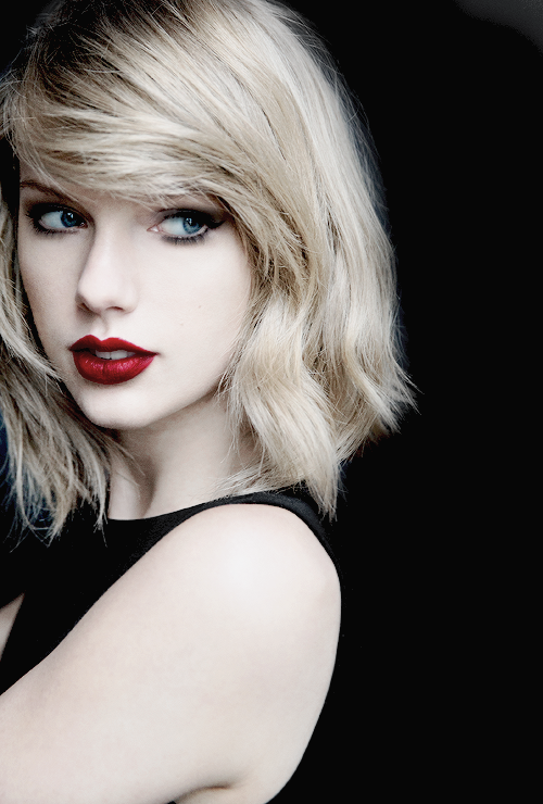 Taylor Swift 2015 HiLyts 500x740