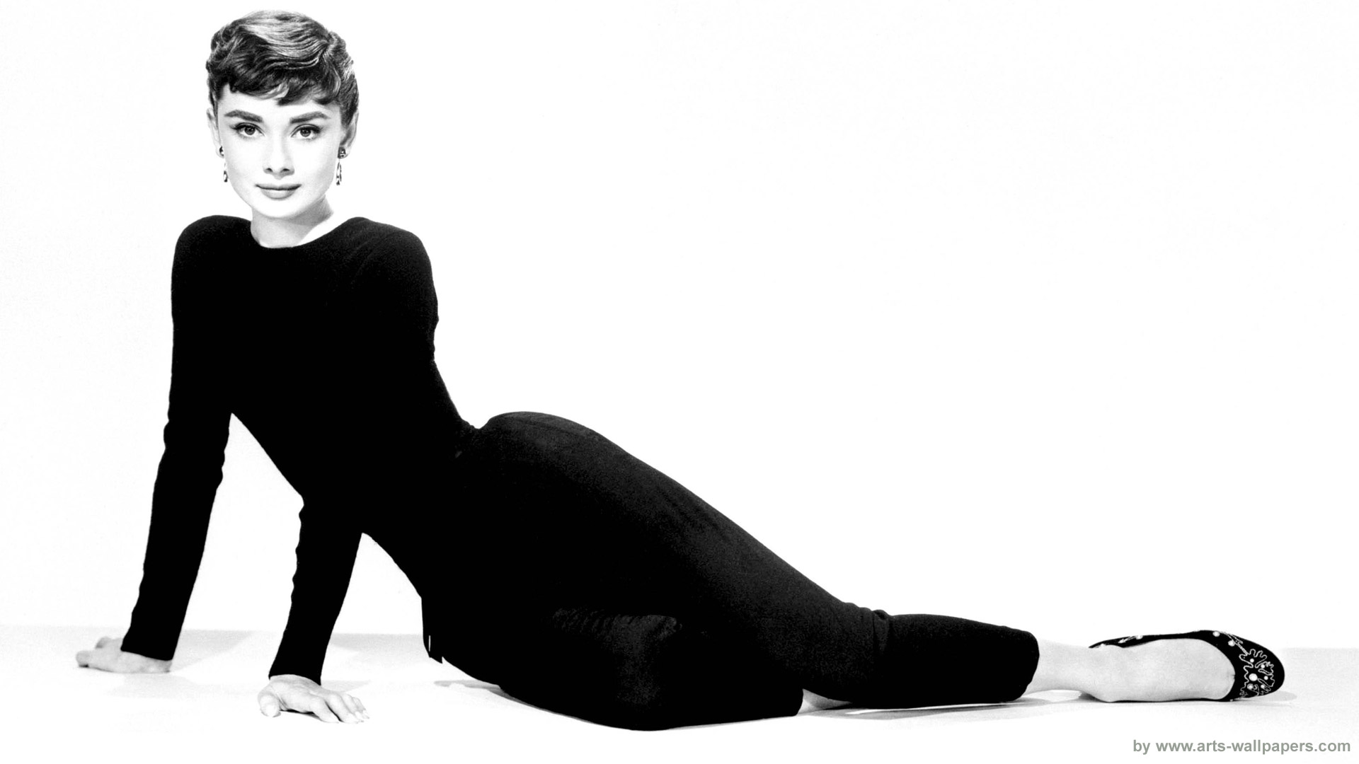 Audrey Hepburn 1920 x 1080 Desktop Wallpapers Full HD Widescreen 1920x1080