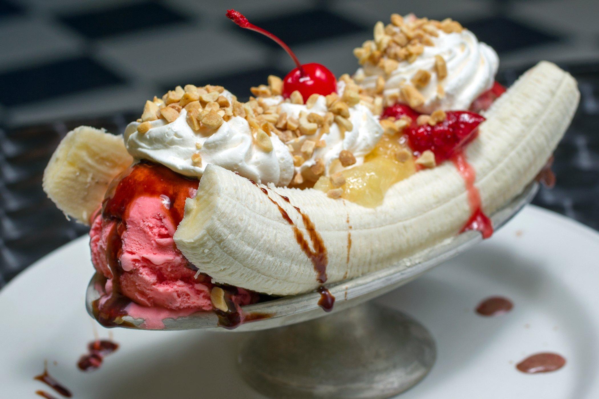 banana split ice cream dessert sweets sugar 1bananasplit wallpaper 2100x1400