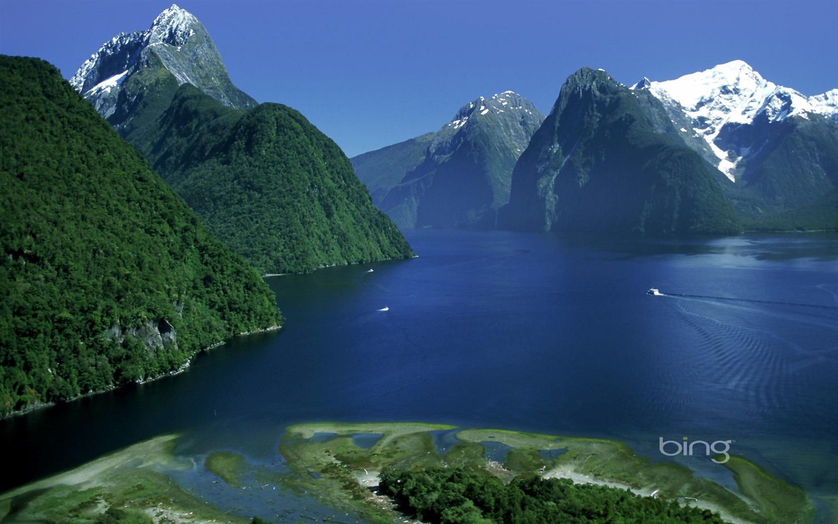 Windows 7 Bing Thmes les montagnes leau claire ciel bleu large 1680x1050