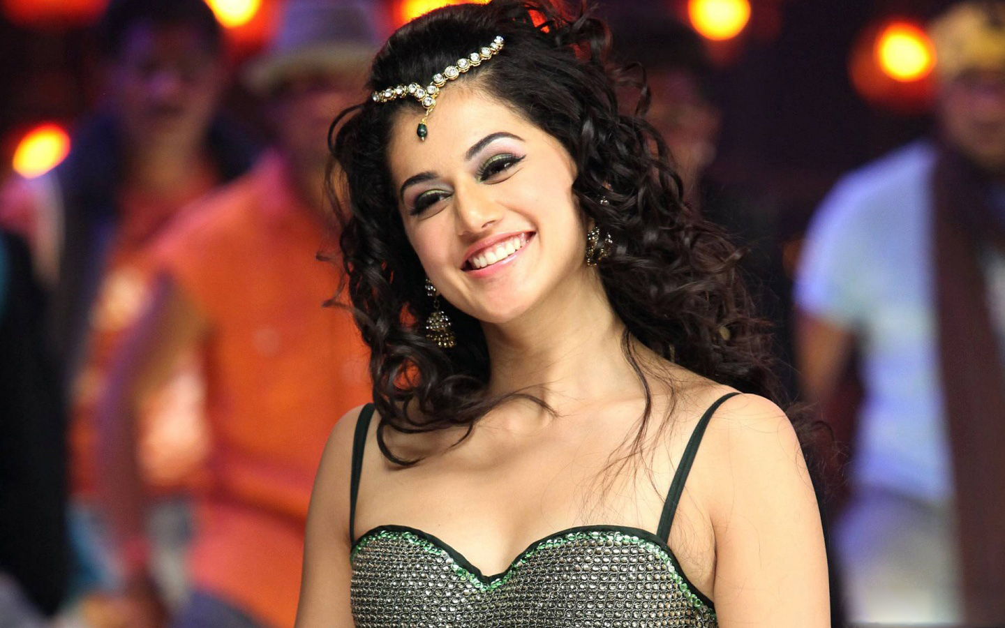 Free download this back to home taapsee pannu tamil ...