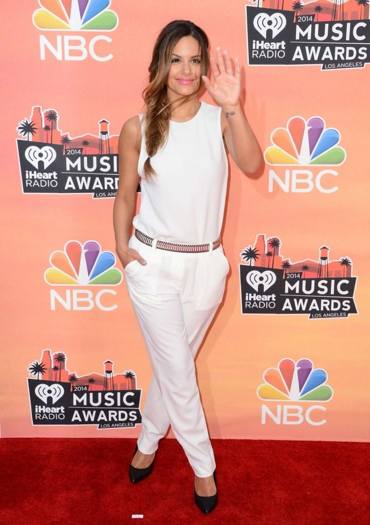 Pia Toscano 2014 iHeartRadio Music Awards  19   GotCeleb 720x1022