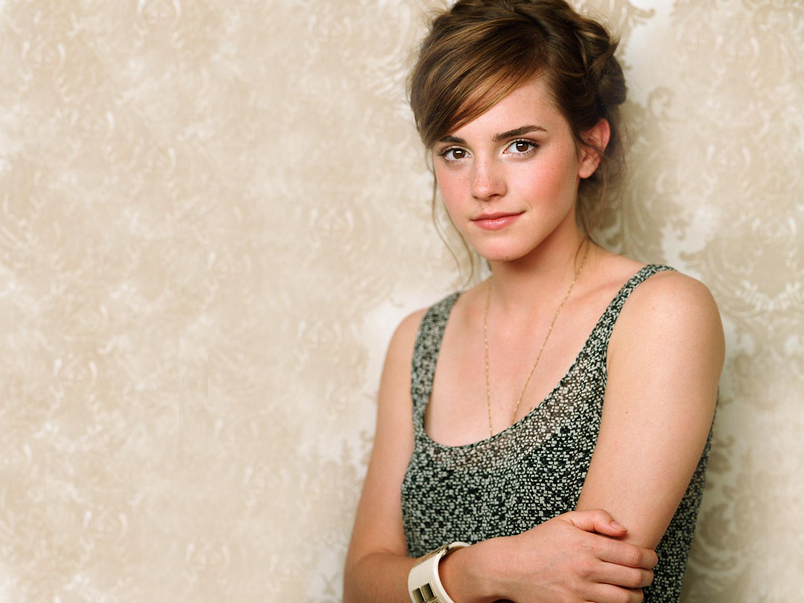 Emma Watson Latest Hd Wallpapers 2013 World Celebrities 1600x1200
