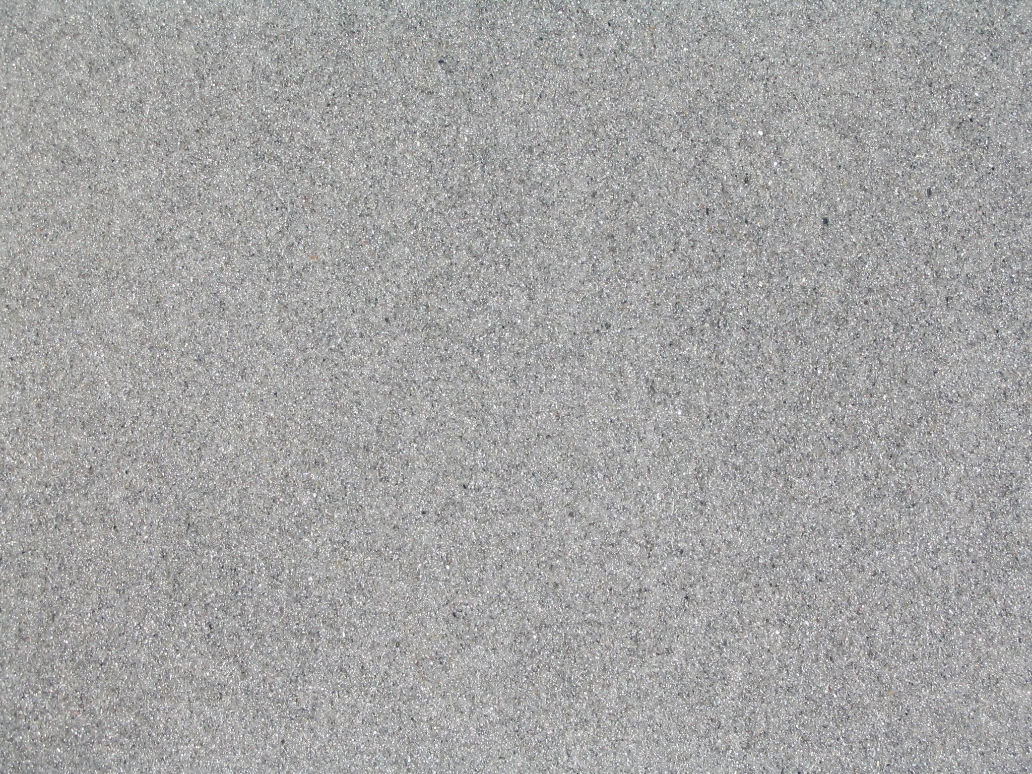 песок серого цвета