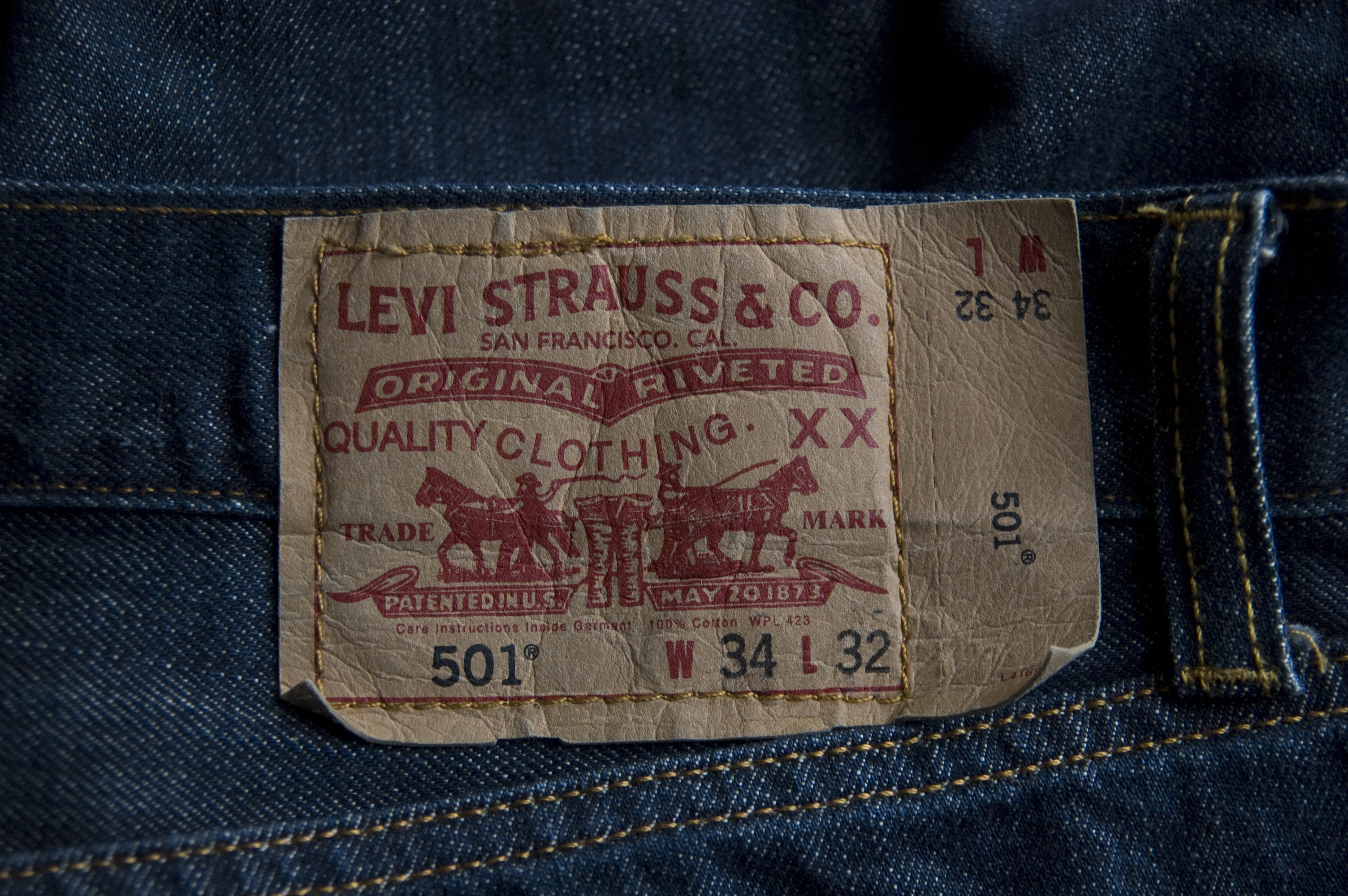Levis Logo HD Wallpaper Others Wallpapers 3008x2000
