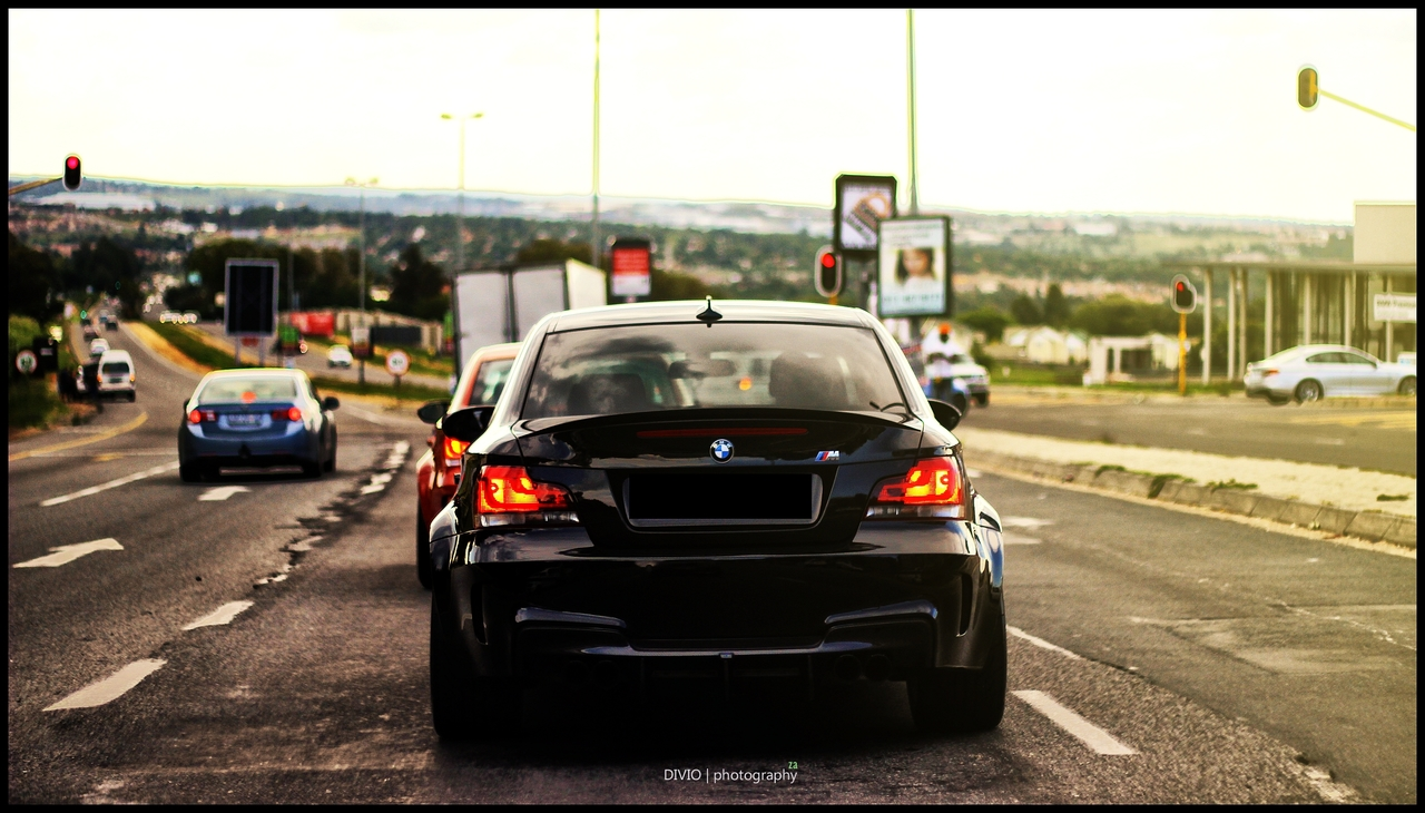 Beautiful BMW 1M Coupe Photoshoot Is Your Wallpaper Source 1280x730