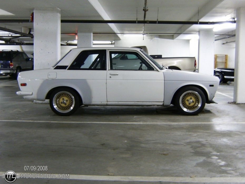 Datsun 510 Wallpaper 930x699