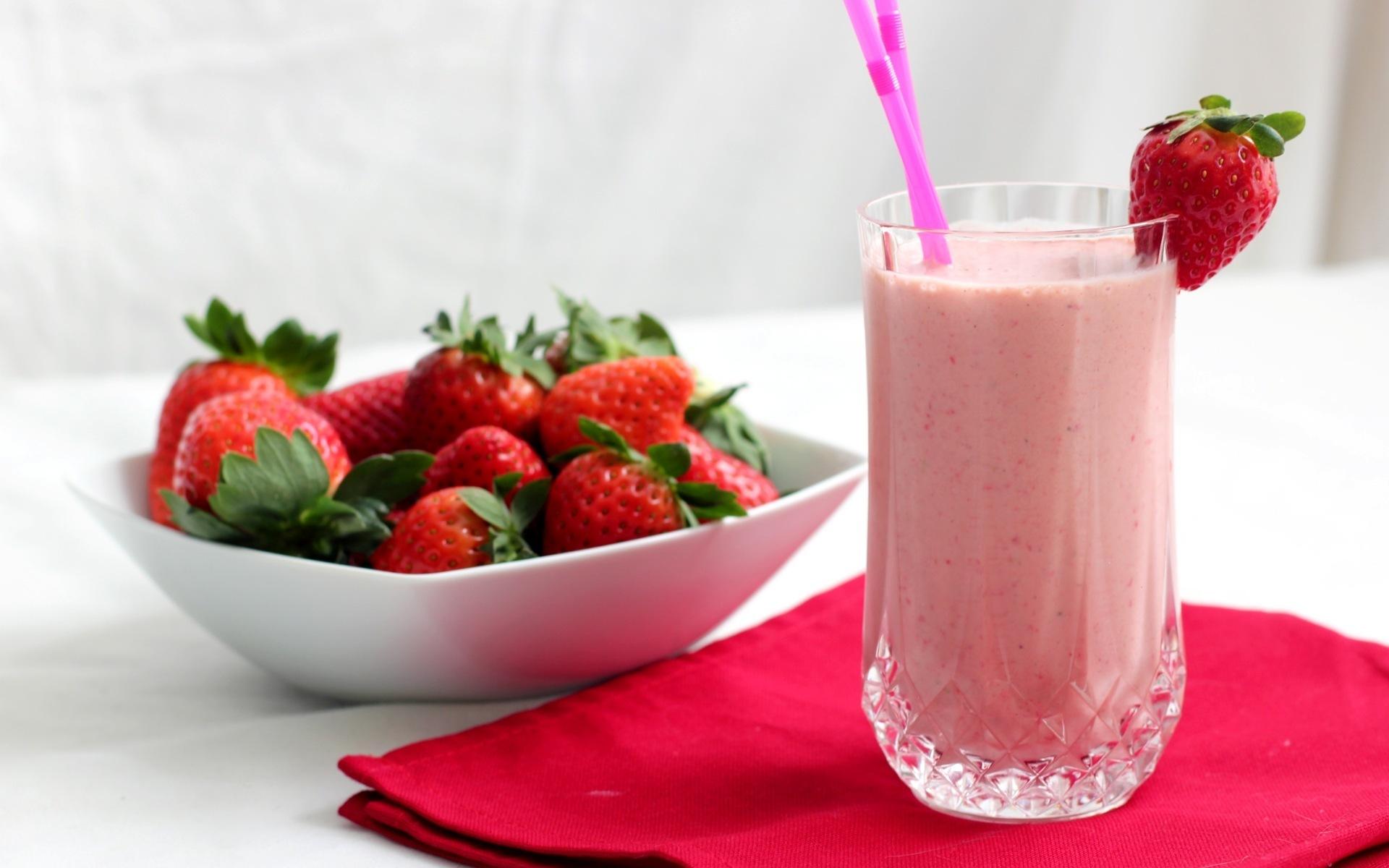 Strawberry Juice Wallpaper Photos Wallpaper WallpaperLepi 1920x1200