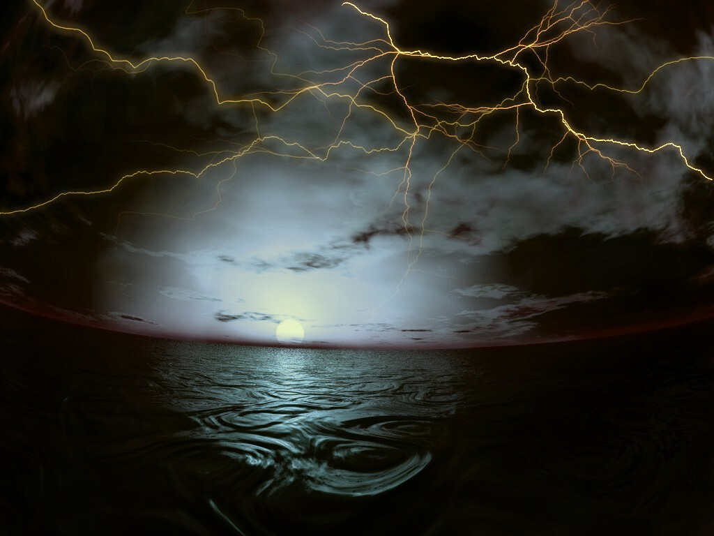 thunder on sea posting by yayan dharma labels thunder storm wallpaper 1024x768