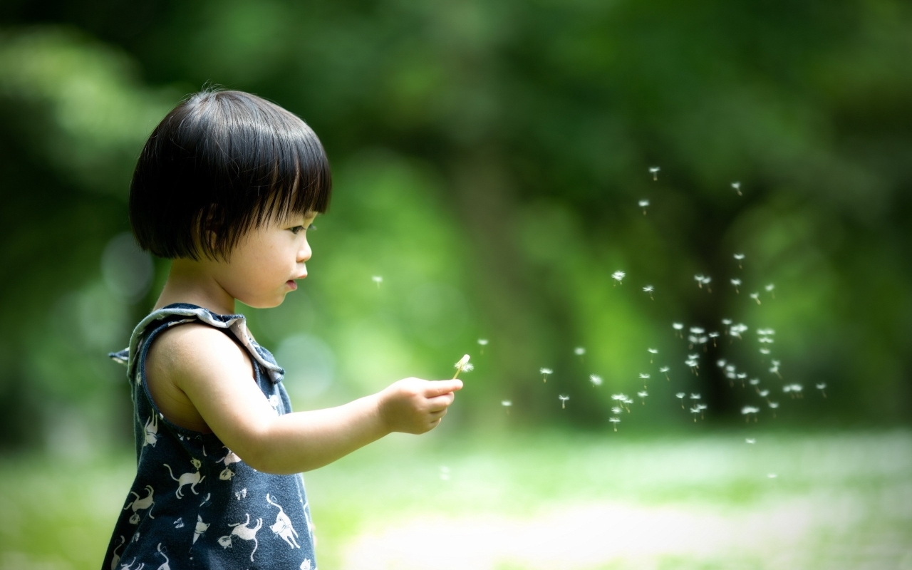 Cute asian little girl Mac Wallpaper Download Mac Wallpapers 1280x800