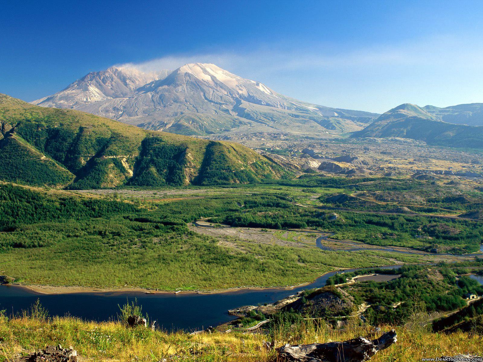Best 40 Mount St Helens Background on HipWallpaper Mt St 1600x1200