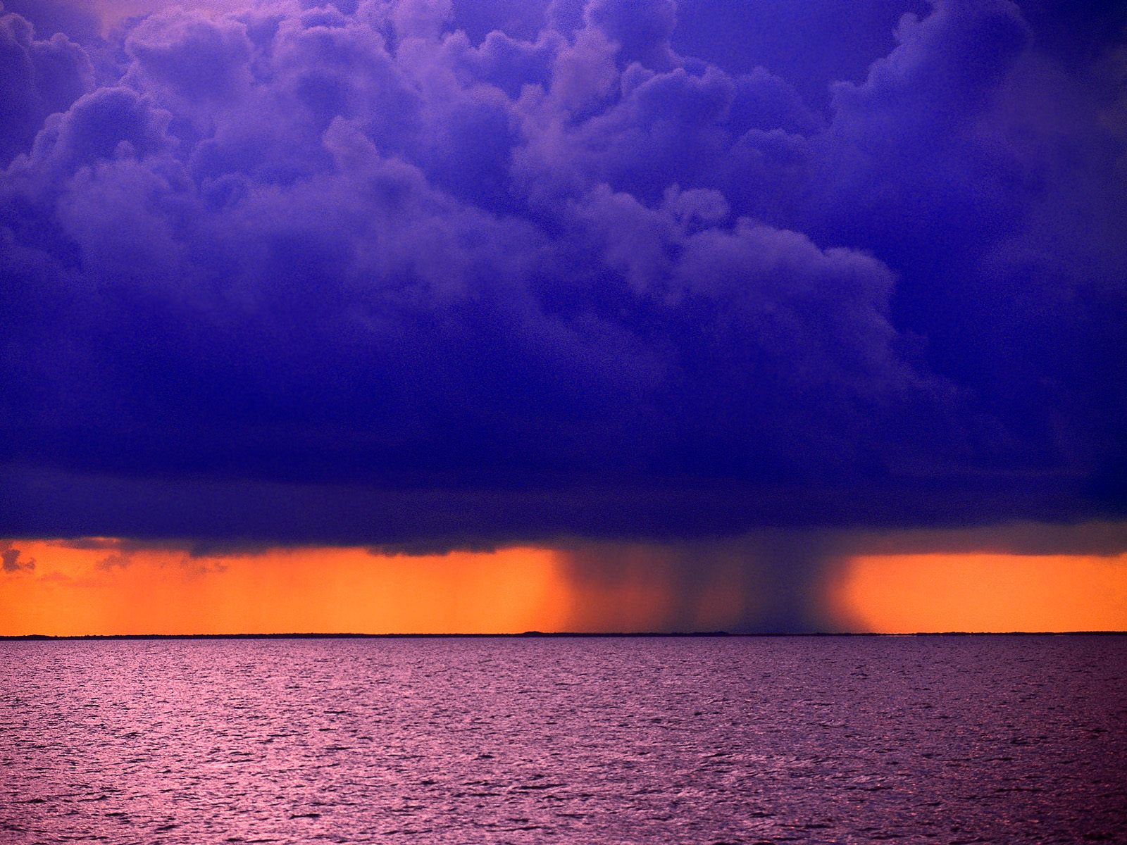 Rain Storm over Belize Wallpapers Pictures Photos and Backgrounds 1600x1200