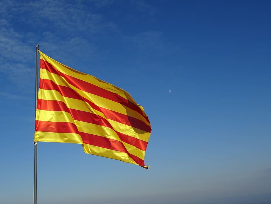 HD wallpaper raised yellow and red stripe flag Catalan Senyera 910x683