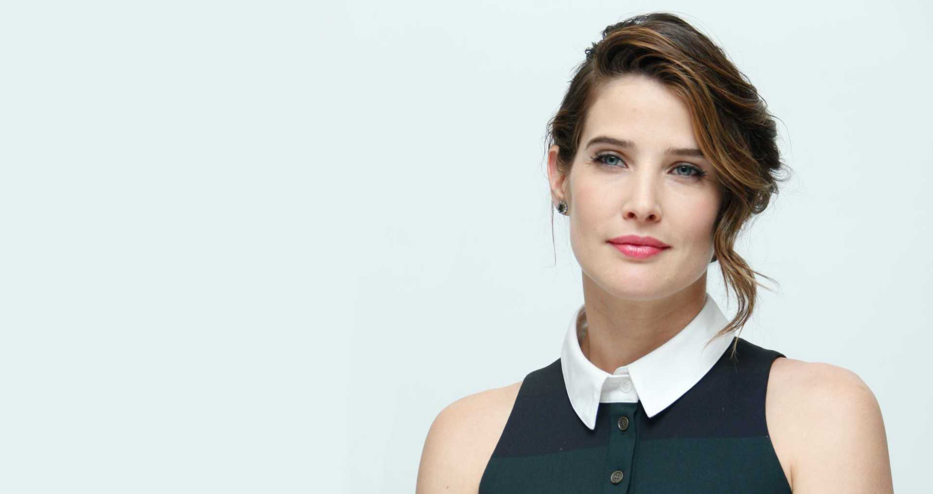 Cobie Smulders Wallpaper HD Download 1919x1017