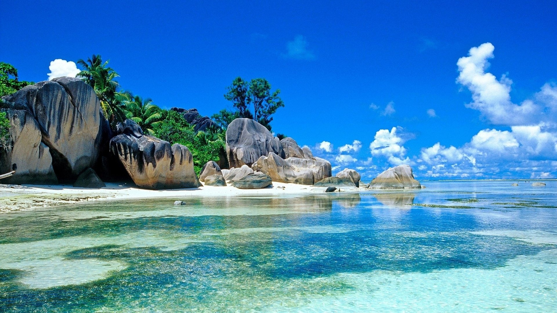 Beach Screensavers And Wallpapers Tropical Beach With Large Rocks 1920x1080