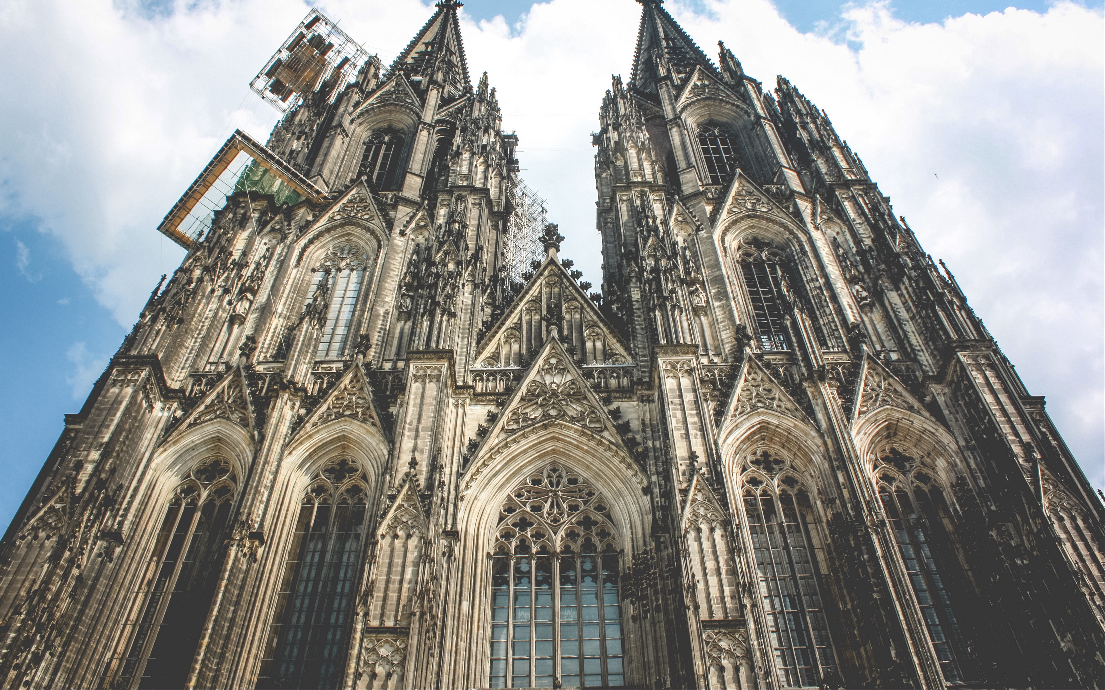 Download wallpaper 3840x2400 cathedral church germany cologne 3840x2400