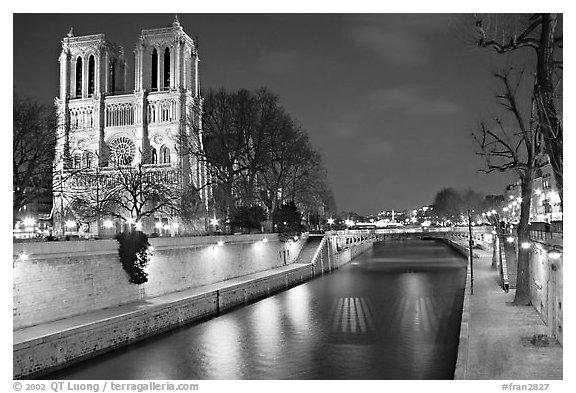 50 Black And White Paris Wallpaper On Wallpapersafari