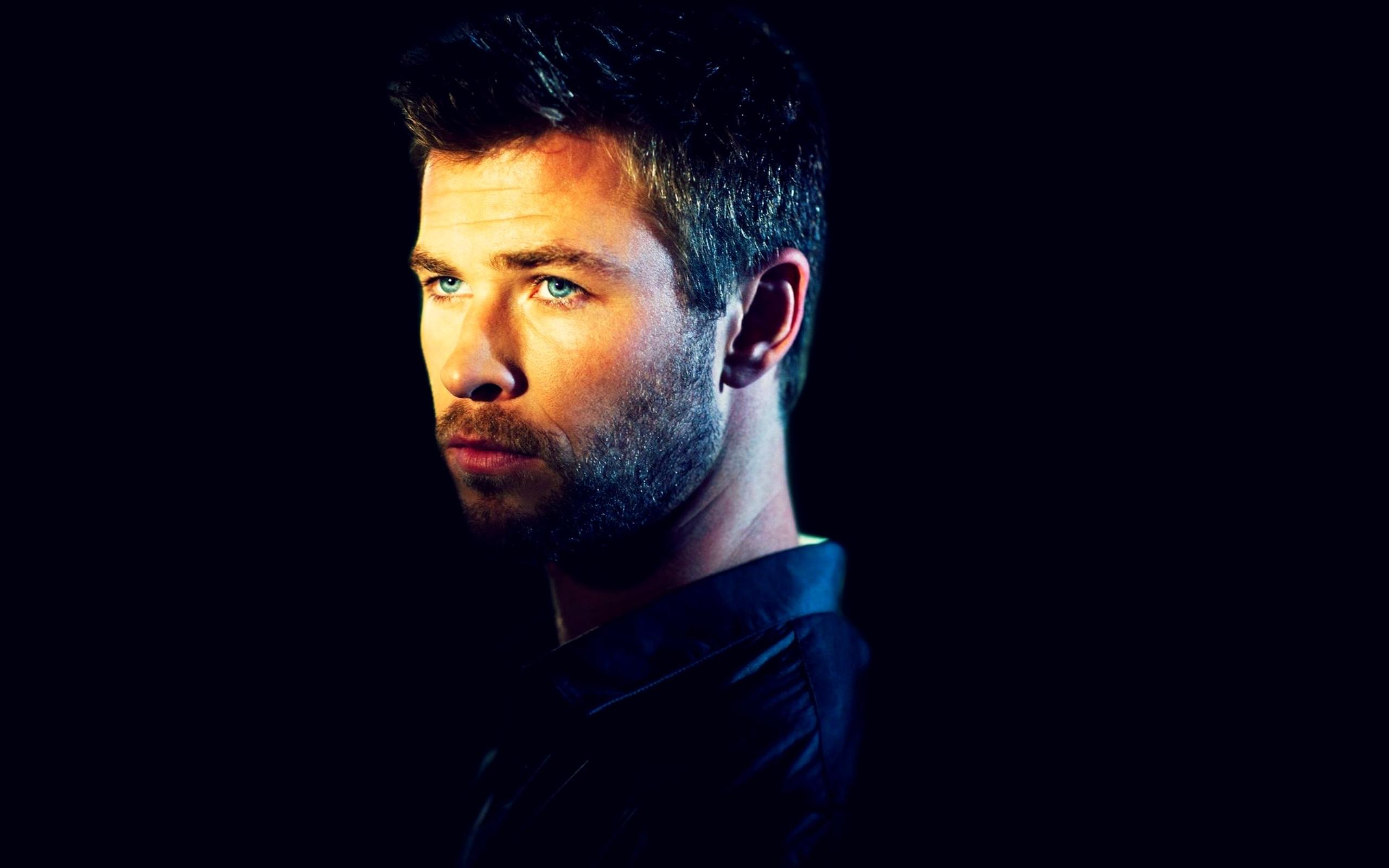 Chris Hemsworth Actor Wallpaper HD Wallpapers 2560x1600