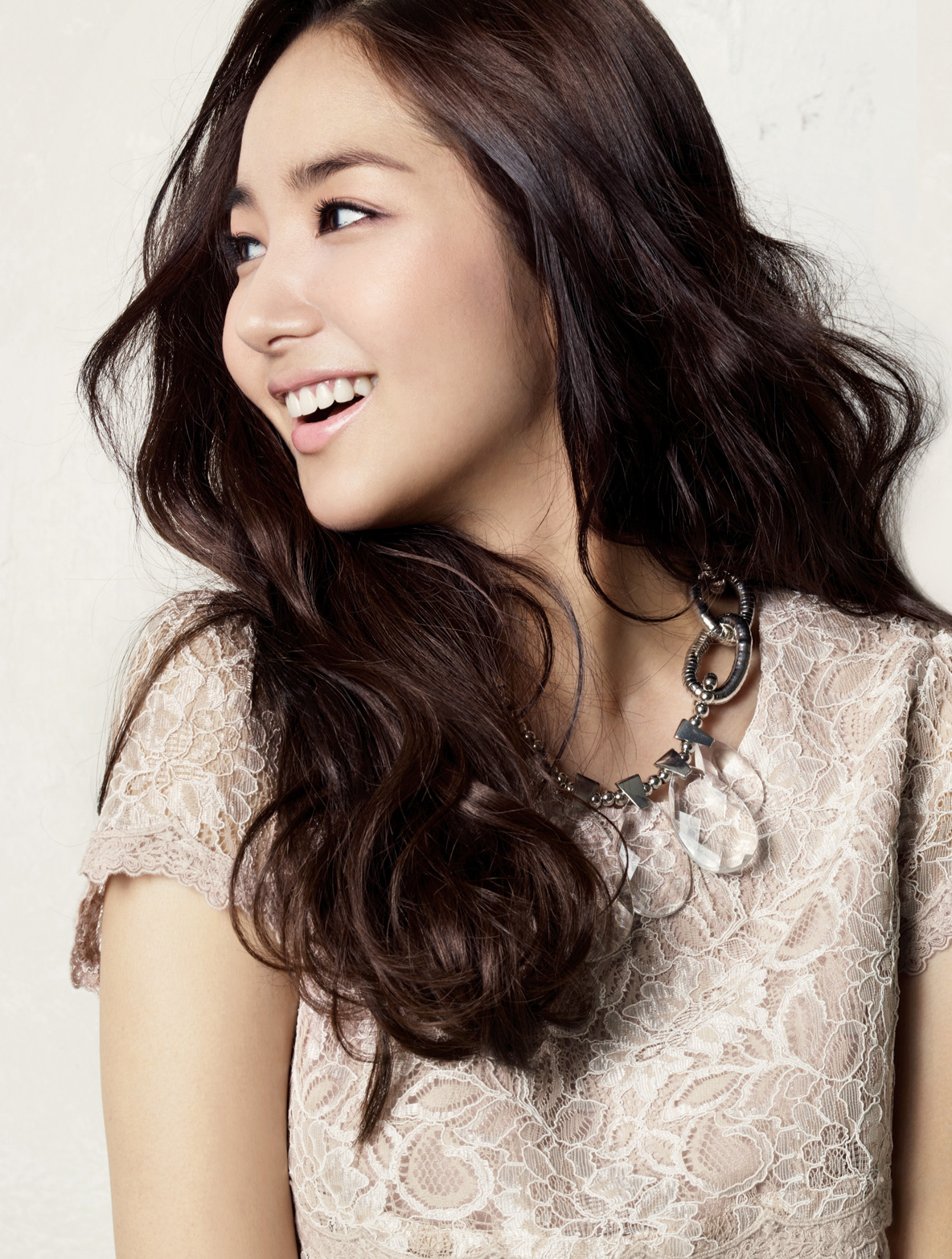 American and Korean Idol images Park Min Young HD 1184x1566