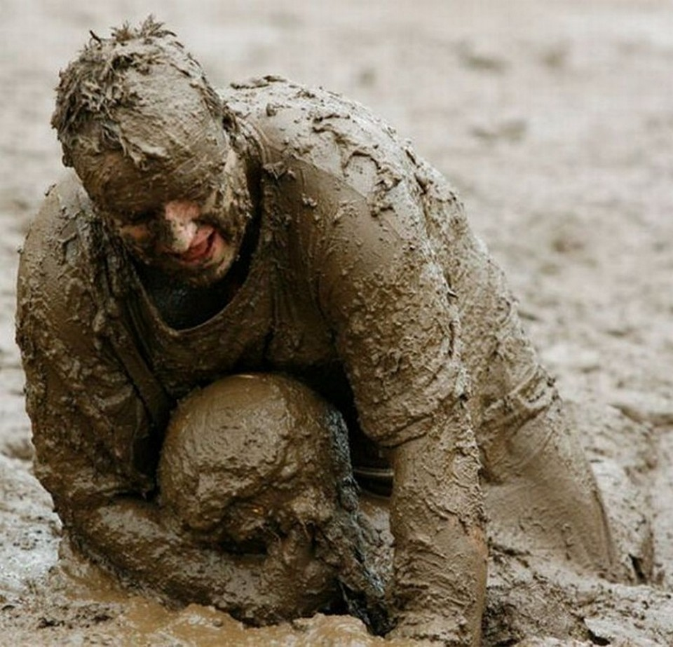 in mud Smash Wallpapers   source for top quality wallpapers 960x923