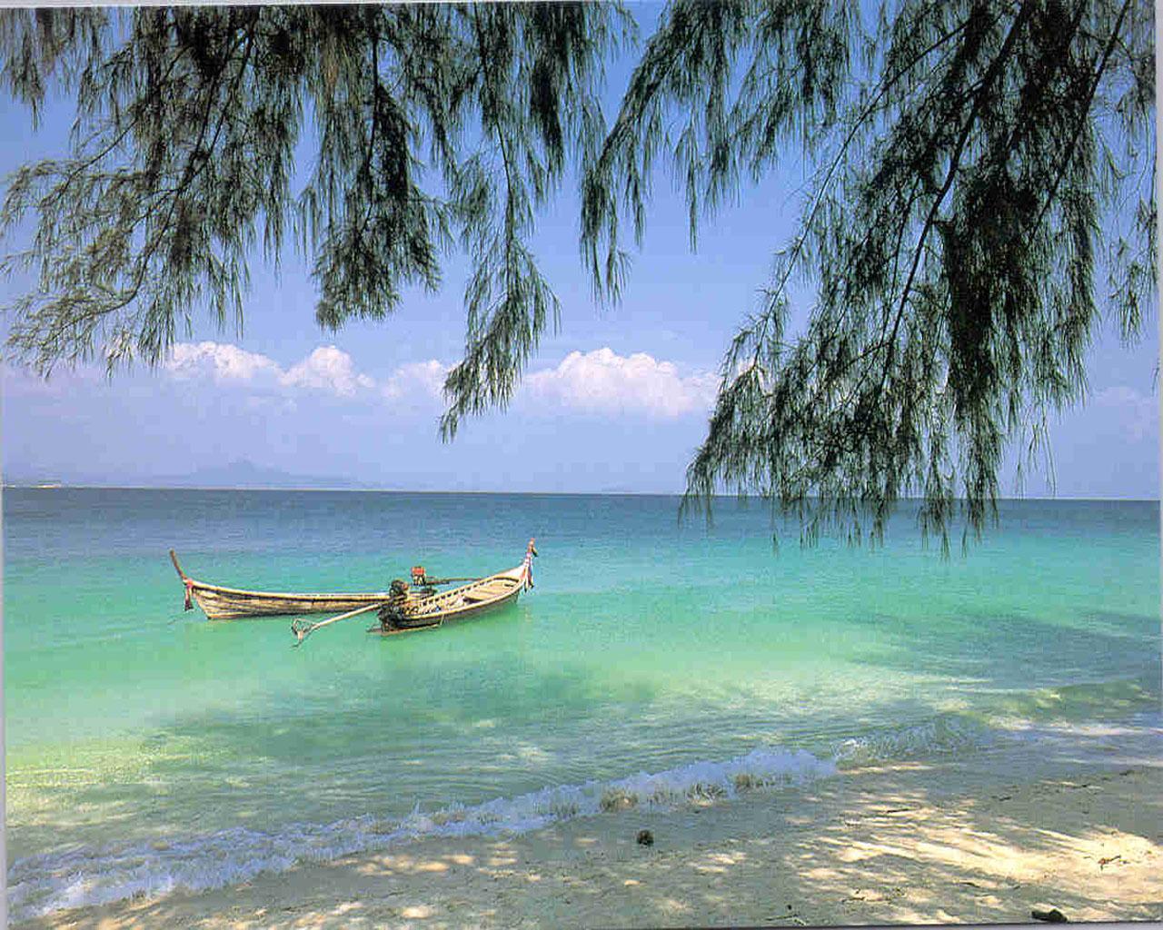 Tropical Beach Screensavers And Wallpaper: Tropical Beach Screensavers And Wallpaper