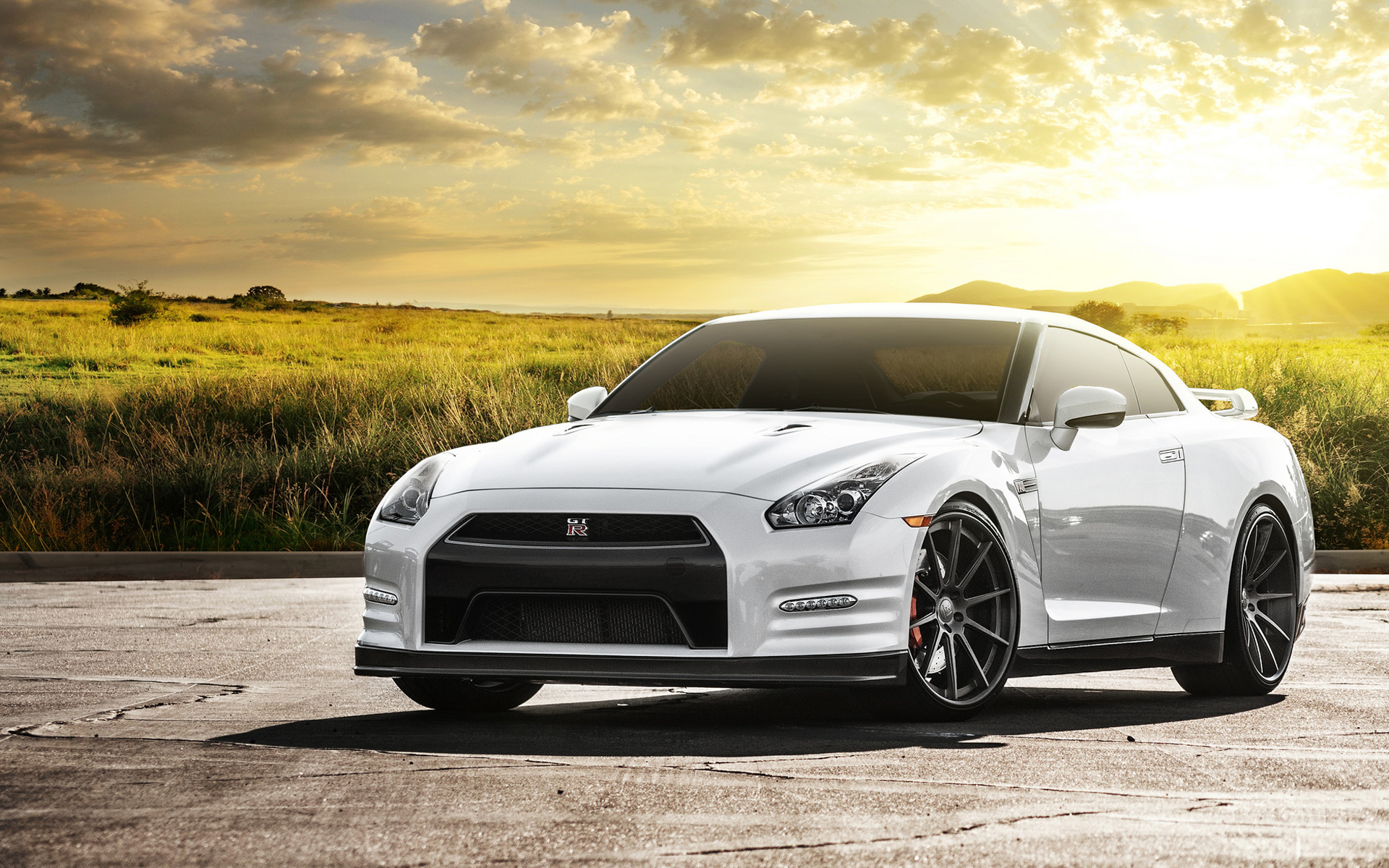 Nissan GTR Wallpaper HD Car Wallpapers 1920x1200