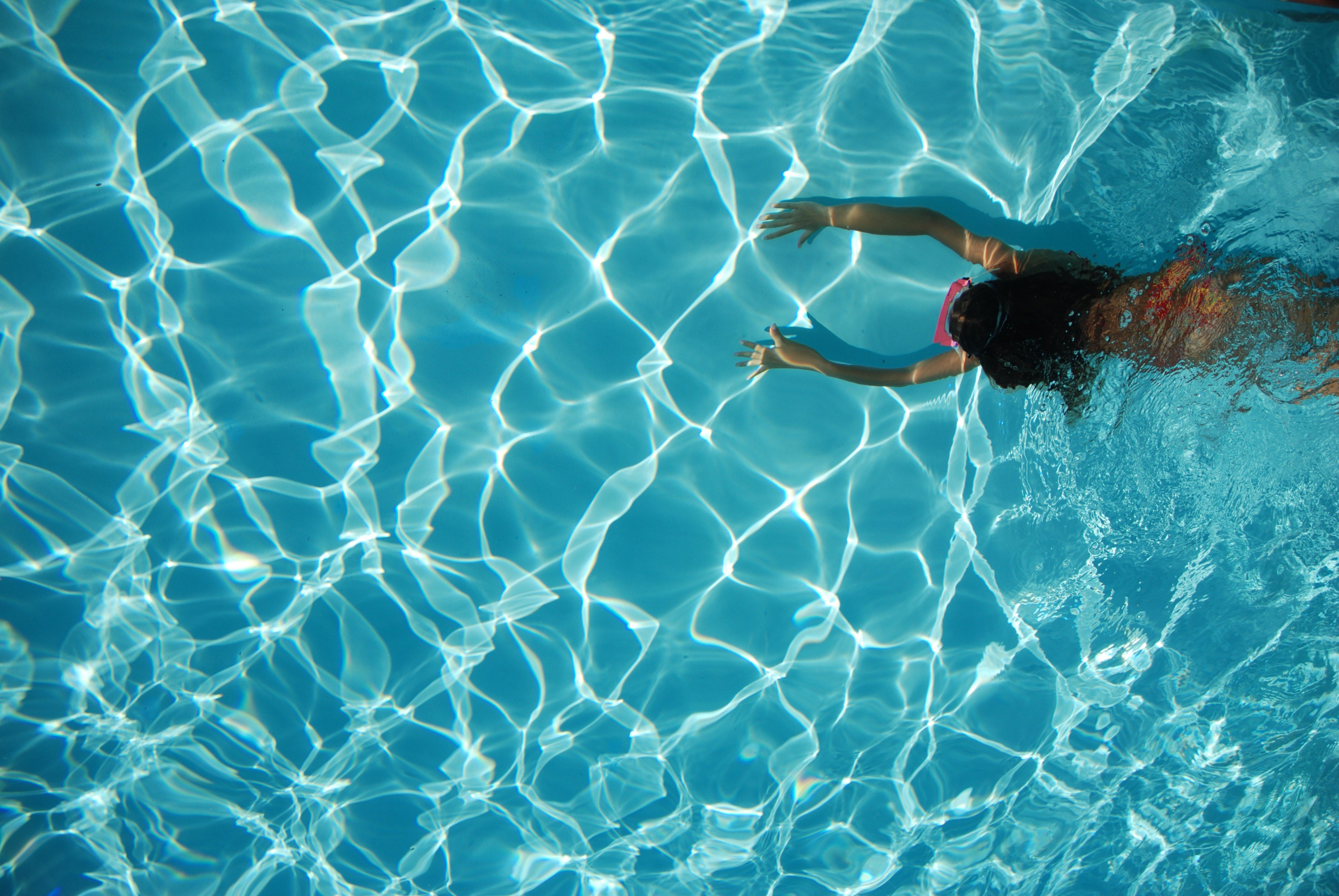38 water pool wallpaper on wallpapersafari - How much water in a swimming pool ...