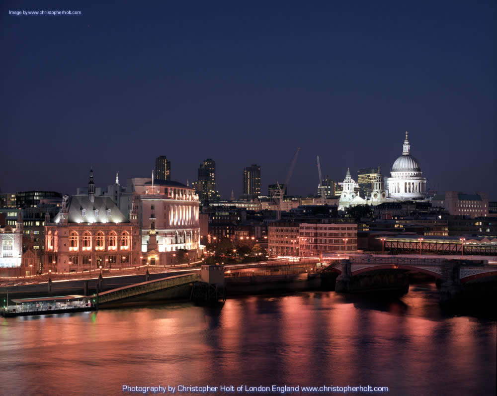 london wallpaper by uk photographer Christopher Holt 1000x796
