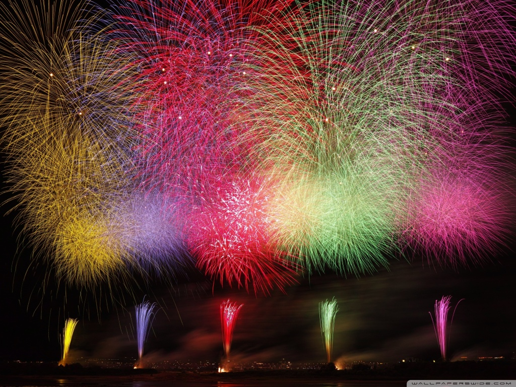 Amazing Fireworks 2020 Ultra HD Desktop Background Wallpaper for 1024x768
