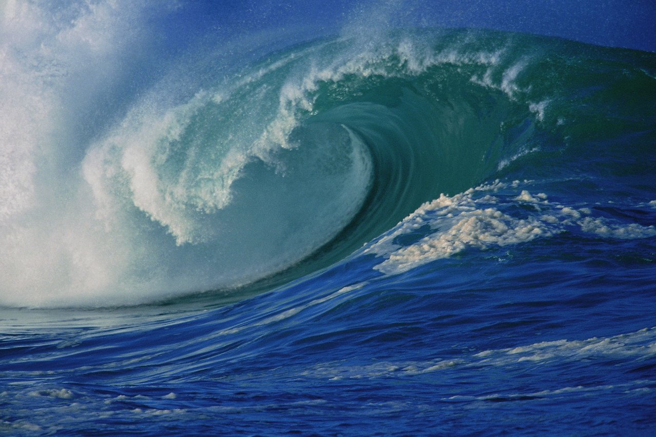 NATURES BEAUTY VIOLENT OCEAN WAVES 1280x853