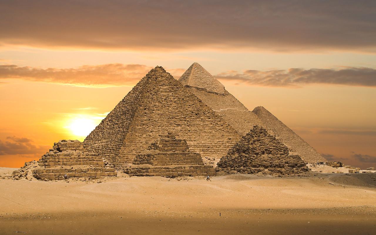on labels egyptian pyramids egyptian pyramids at night egyptian 1280x800