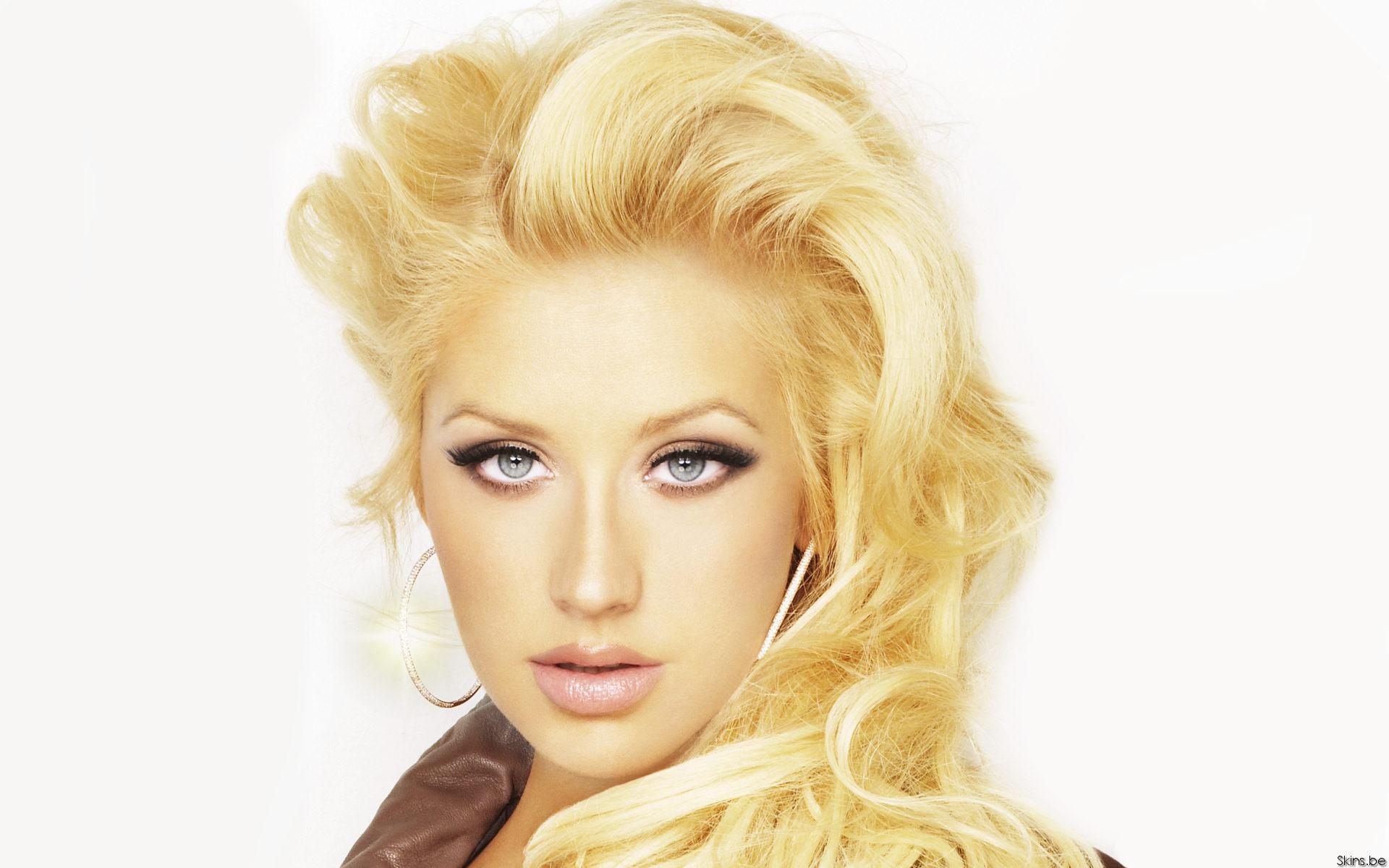 Christina Aguilera Beautiful HD Wallpaper 1920x1200