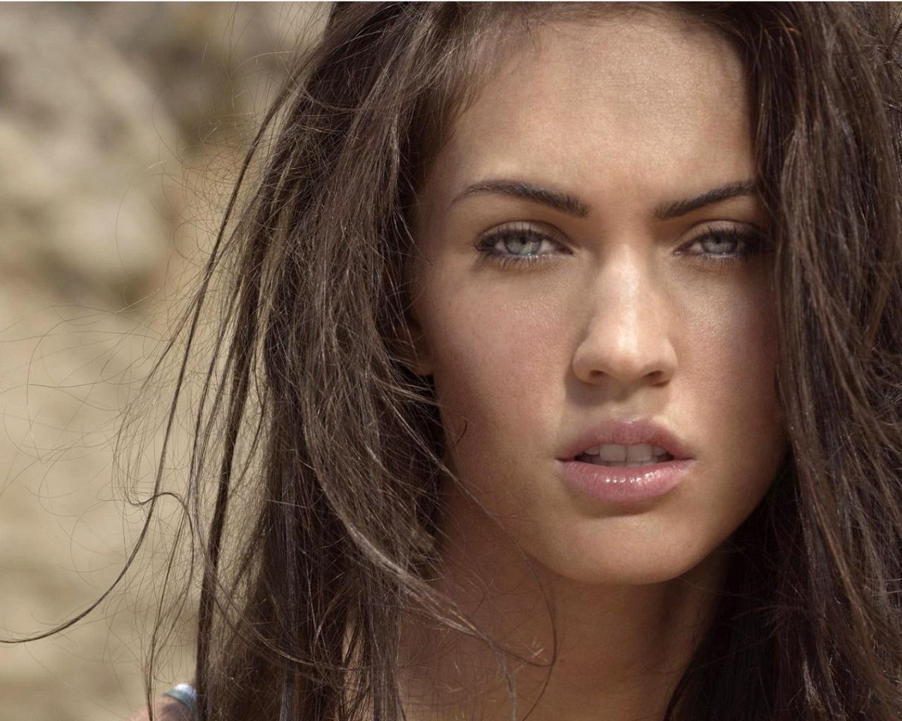 Megan Fox HD Wallpaper 1280x1024 1280x1024