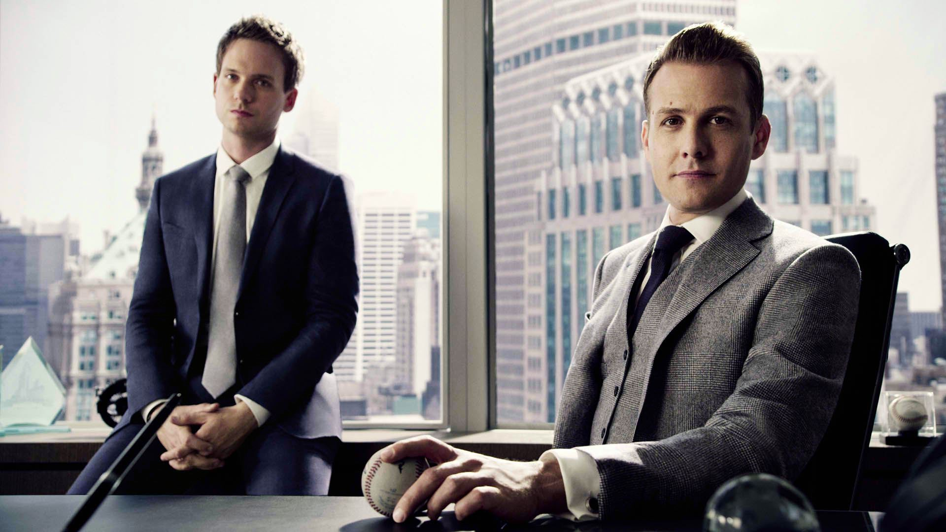 Suits Wallpaper