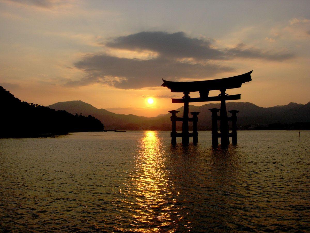 Torii Gate gate wallpaper itsukushima torii gate wallpaper 1200x900