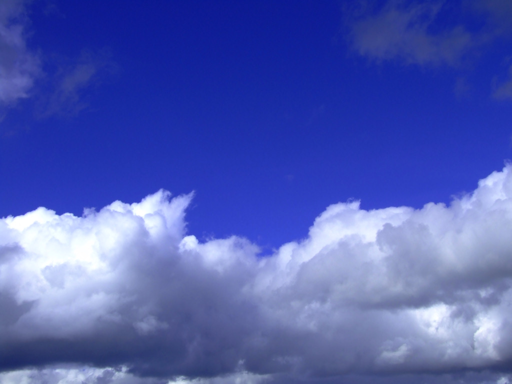 Download Clouds And Blue Sky Wallpapers and Images 1024x768