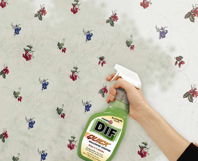 Remove Wallpaper With Spray Bottle 800x651