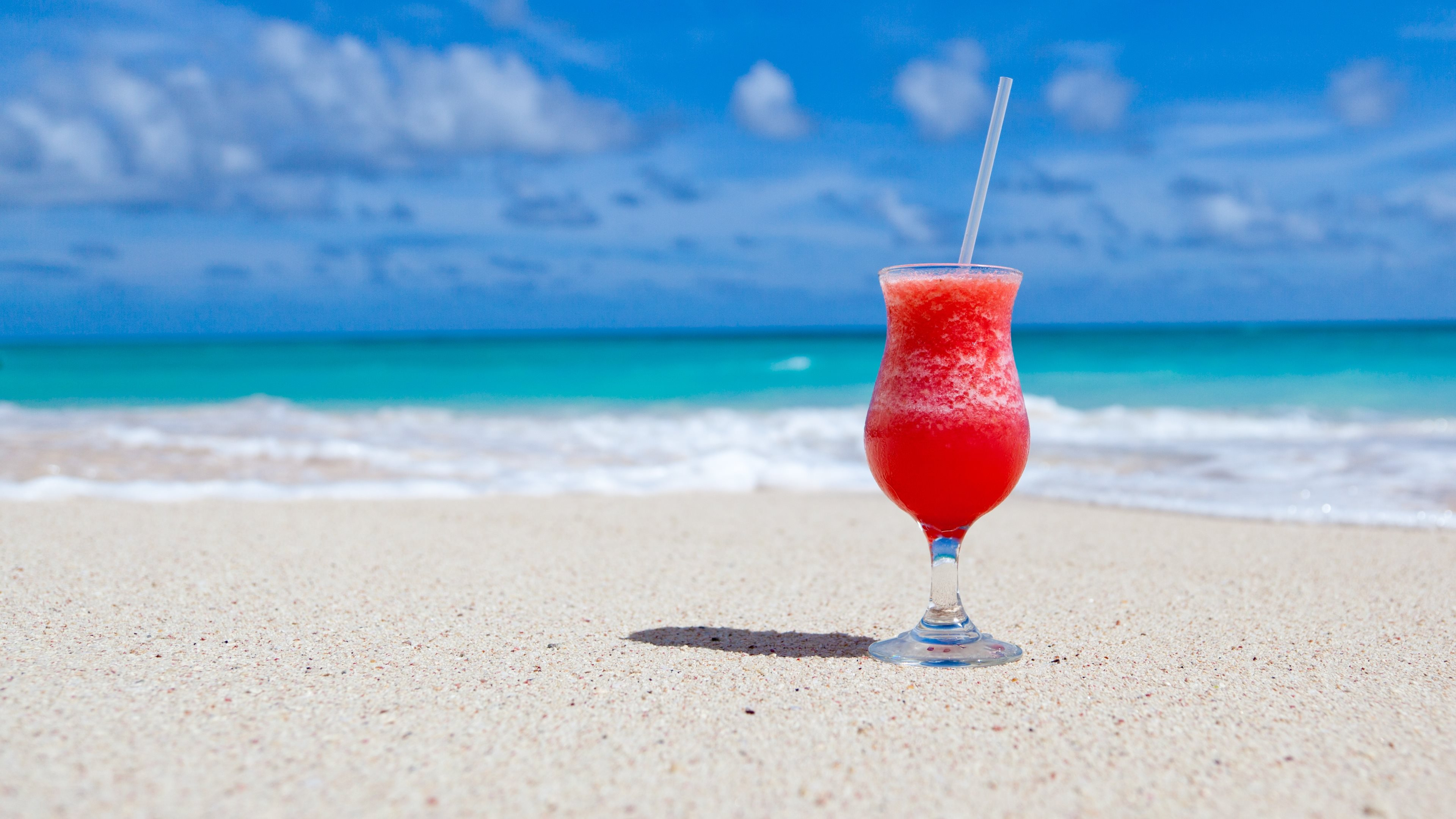 Exotic cocktail on Caribbean beach Wallpapers HD Wallpapers 3840x2160