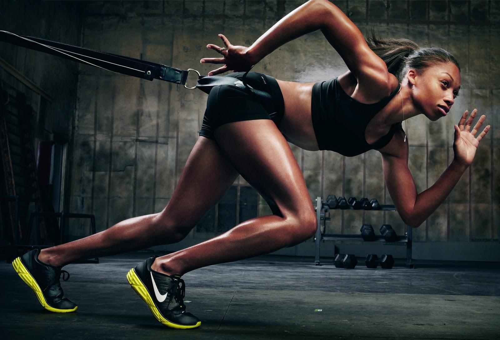 Фото спорт реклама девушки
