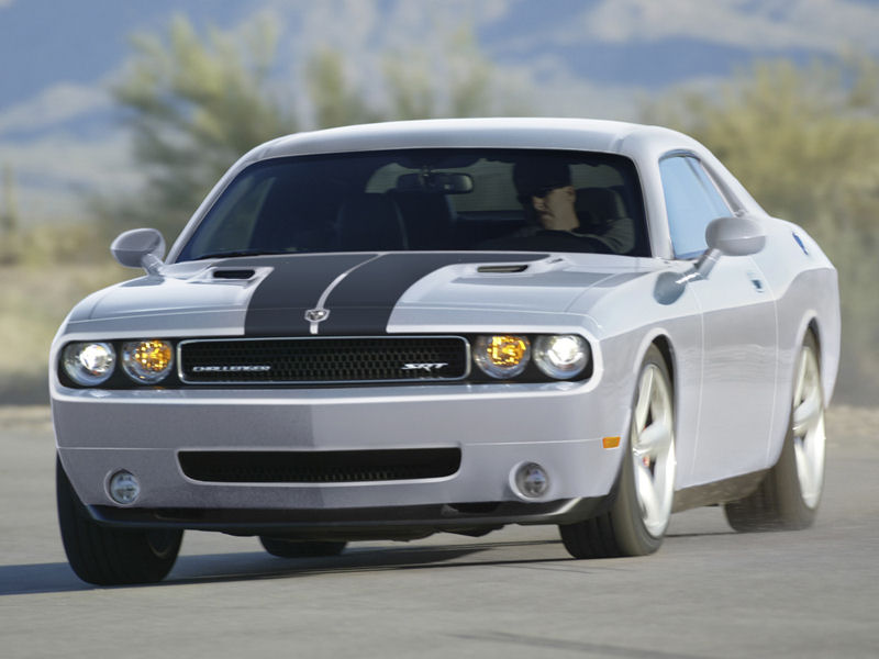 Please right click on the Dodge Challenger wallpaper below and choose 800x600