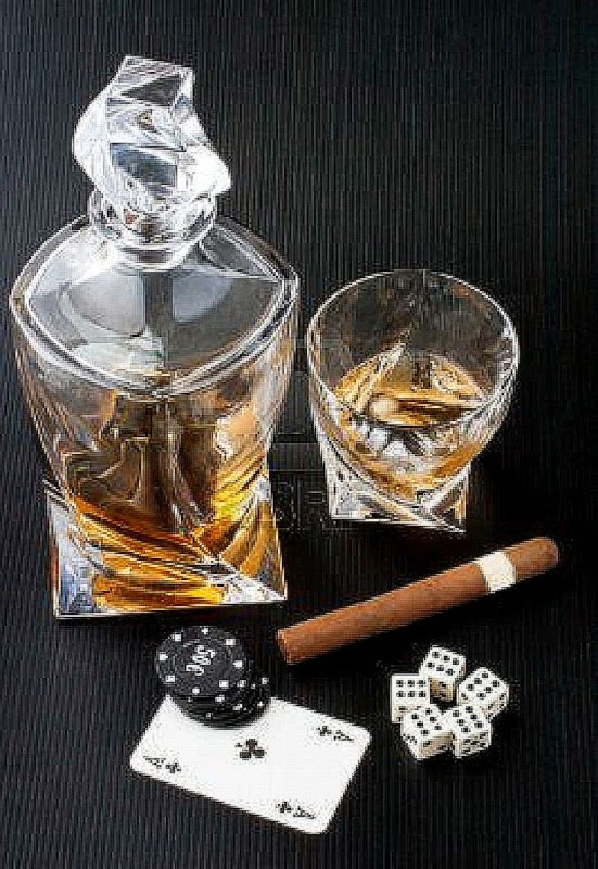 of whiskey with cuban cigar image description whiskey with cuban cigar 551x800