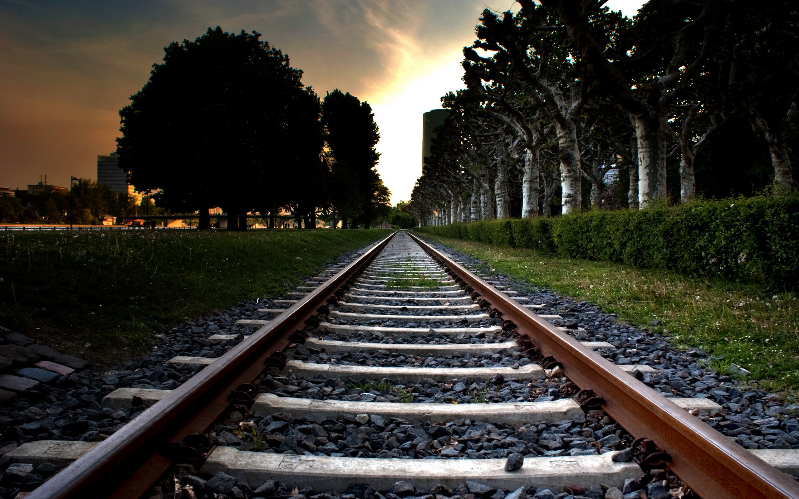 Railroad wallpapers and images   wallpapers pictures photos 2560x1600