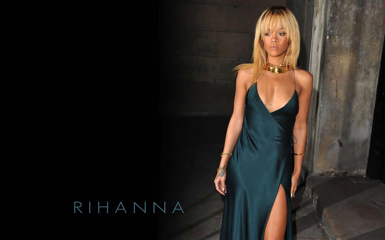 Rihanna   7 Hot Wallpapers 1280x800