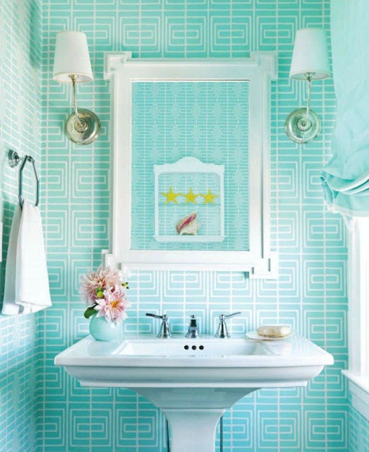 fun graphic wallpaper for small bathroom Design Pinterest 523x640